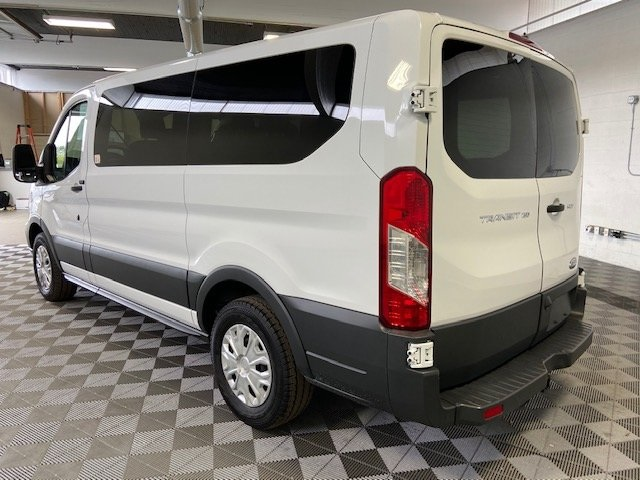 Pre-Owned 2017 Ford Transit-150 XLT