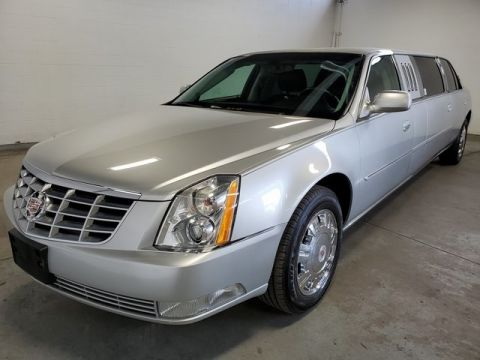 Pre-Owned 2010 Cadillac DTS LIMOUSINE